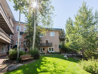 Mill Creek Court 3-Bedroom Heart of Vail Village....100 Yards to Gondola One