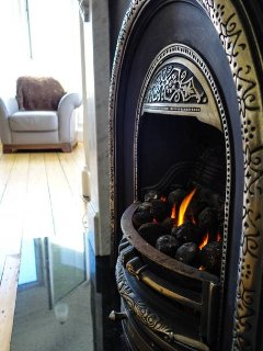 Working fireplace in the living room