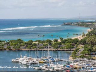 Panoramic Ocean View Condo - NOW $99 -Upgraded - Modern-Free Parking-3301