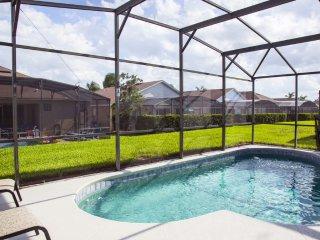 Fan Palm Way Holiday Villa