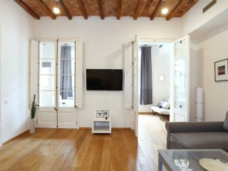Design flat next Passeig de Gracia!!!