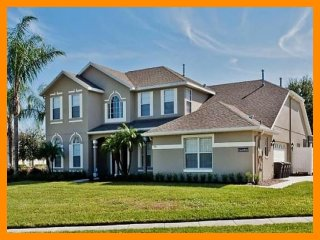 Formosa Gardens 11 - 5* villa with pool , game room and theater room near Disney