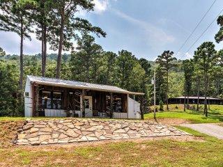 'Sardis Serenity' 1BR Clayton Cabin w/ Lake View!