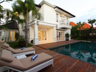 3 Bedroom Colonial Style Close to Seminyak Square;