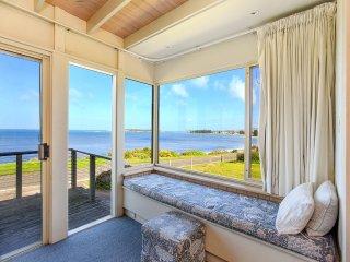 31 Hayward Court - Amazing Views Towards Victor Harbor