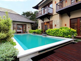 Contemporary Balinese Style 3 Bedroom Villa, Seminyak;