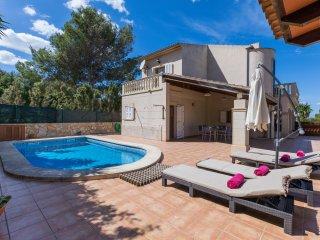 Colonia - Huebsches Haus mit Pool, Klimaanlage und Internet