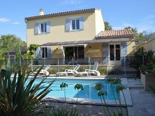 Vos vacances en Provence pied du Mont Ventoux