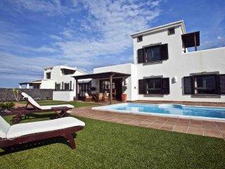 Hipoclub Villas, 10 'Mar y Sol' villa, with private pool and Wifi