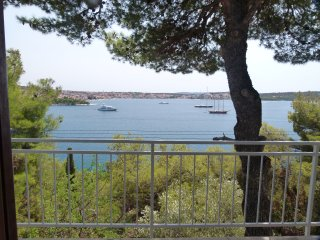 SEAVIEW APARTMENT, near Trogir Center & Sea