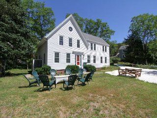 Cape Cod Summer House, Wellfleet ~ Near Great Pond & CC National Seashore