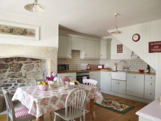 Bridge Cottage, a lovely Grade II listed cottage in a central location.