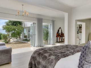 Garden En-Suite with Sea Views
