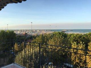 Appartamento di pregio fronte mare