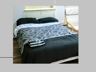 Private Apartment.  Near Downtown Baltimore. Private Bathroom.  Newly remodeled.