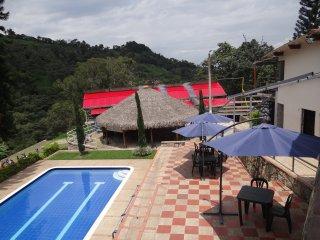Finca Hotel ECOAVENTURA PARK, Naturaleza, Descanso y Diversión