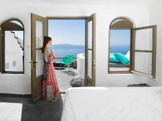 Sophia Luxury Suites - Double - Enigma Cave Room