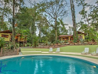 Casa Evelyn 2BR Luxury Home with Jungle Pool