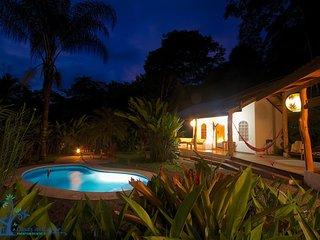 Casa Tropical con piscina cerca de la playa CAP6
