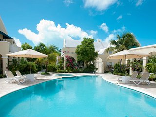 Grace Bay Beach-1 b/r condo (sleeps 2 adults , 2 children under 12 yrs.)