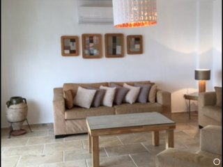 FANTASTIC SPACIOUS LUXURY VILLA, SPECTACULAR SEA VIEWS, PRIVATE  POOL, SLEEPS 6