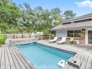 Maison avec piscine, style californien