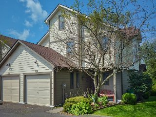 Lakefront Townhome with Community Pool Near Wisp