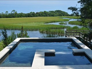 Stunning Marsh Cottage Home w/ Pool & Close to the Ocean
