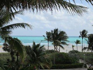Miami Typical - Condo Excellent Location