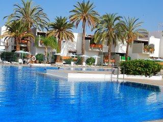 Oferta especial apartamento Tenerife sur con piscina