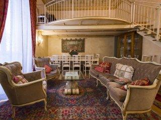 Florence Apartment Rental near Piazza del Repubblica - Loggia Reale
