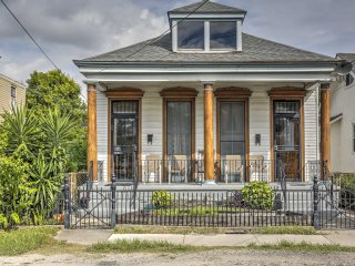 New Orleans Home-3 Blocks to River & 1 Mi. to Zoo