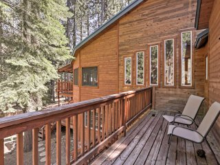 6BR South Lake Tahoe Cabin w/Private Sauna!