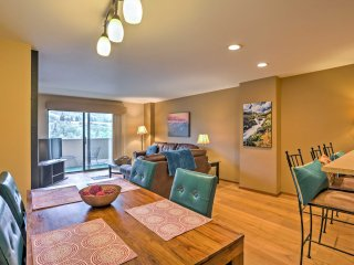 NEW! 1BR Avon Condo w/Mtn Views - Walk to Slopes!