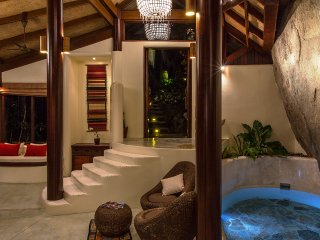 1 Bed Villa Waterfall - Romantic Private Retreat