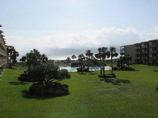 Ocean View With 3 Bedrooms 2 Bathrooms 3206