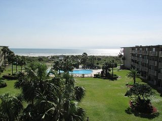Ocean View With 3 Bedrooms 2 Bathrooms Located At Colony Reef Club3403