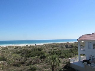 Ocean Front with 3 bedrooms 2 bathrooms located At Colony Reef Club 1302
