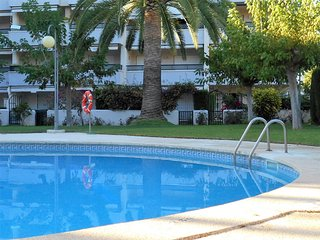 111A Edif. Regata zona Horta, piscina, aire acondicionado, 10 linea de mar