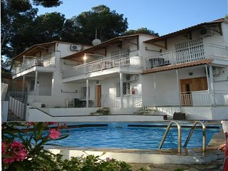 Apartamento,vista mar,piscina,parking,wifi.