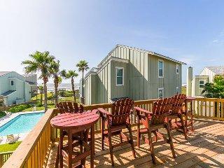 Remodeled, Ocean-View Beach House in Port A - Sleeps 10