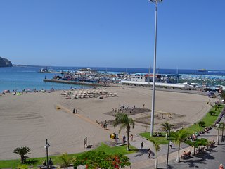 First Line Center Los Cristianos Ocean view 20 meters to beach WIFI 3 bedrooms