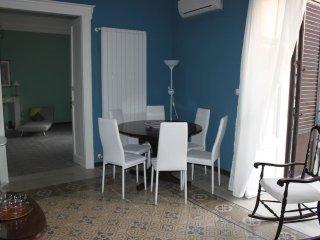 Garibaldi Suite  centro storico renoved