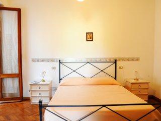 Appartamento 2 camere, giardino privato