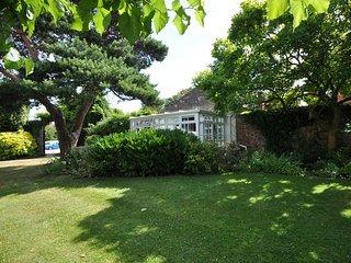 45061 Cottage in Evesham