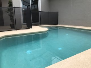 New 4/3 villa with great amenities! Private pool close to wdw.