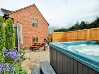 50180 Barn in Shrewsbury
