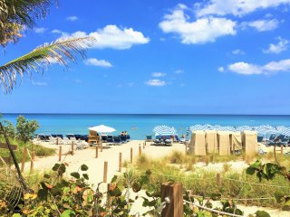 **New listing promo**Beautiful Hollywood Beach Resort Condo Ocean View