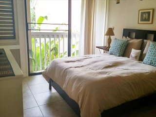 Da Kine ** Available for 2-30 night rental. Please call.