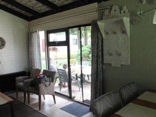 Rustige, gelijkvloerse recreatiewoning met 2 slaapkamers
